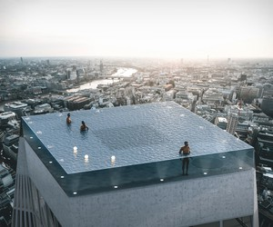 360-Degree Rooftop Infinity Pool