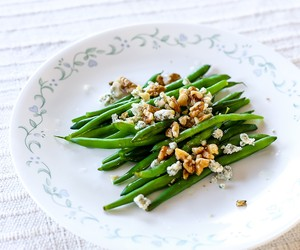 Blue Cheese Walnut Green Beans