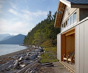Boathouse Cabin Conversion