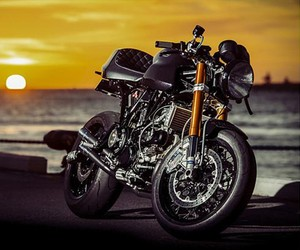 Custom Ducati Sport Classic