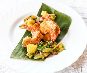 Coconut Crusted Prawns with Pineapple Salsa