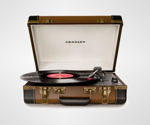 Executive Vinyl Turntable