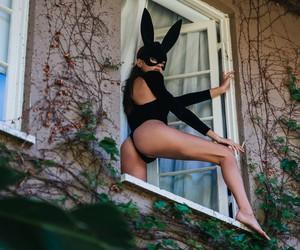 Gabrielle Caunesil by Kat Irlin