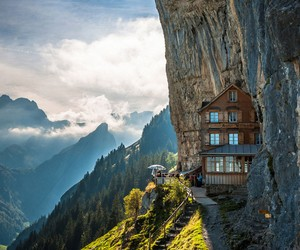 Guest House in Switzerland Mountainside