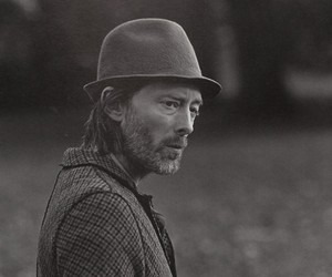 """""""Walkin' in Hyde Park"""" with Thom Yorke [Editorial]"""