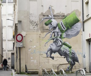 """Ludo paints a """"Centaur"""" in Paris"""