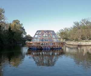 Jellyfish Barge – floating agricultural greenhouse