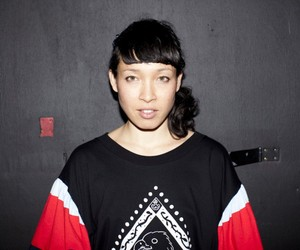 Listen: Little Dragon – Paris