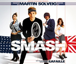 Martin Solveig featuring Dev – We Came to Smash