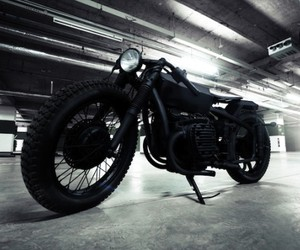 Bandit9 Stealth Nero Motorcycle