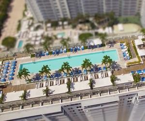 Oliver Kmia transforms Miami into a miniature city