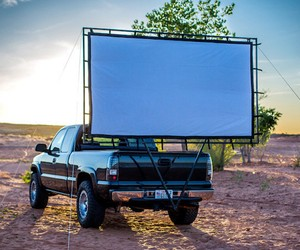 Movie Screen Mount