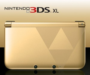 Nintendo 3DS XL Gold/Black Zelda Bundle