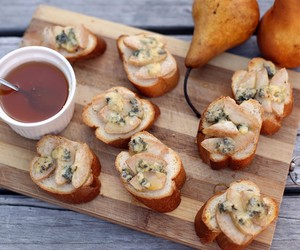 Pear, Honey and Blue Cheese Crostini