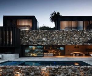 Contemporary Rock Residence