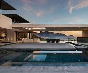 Massive Seaside Retreat by SAOTA Architects