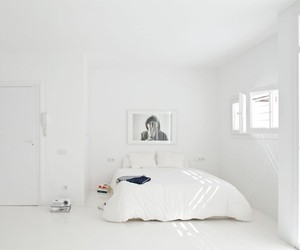 the white retreat minimalistic apartment in spain