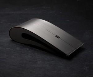 Minimal & Sleek Titanium Mouse