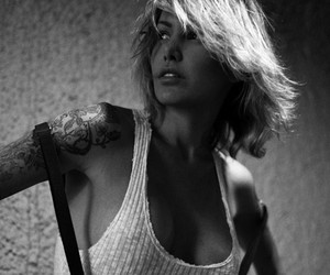 Monochromatic Moments with Miss Tina Louise