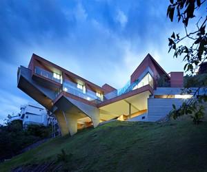 Vila Castela Residence by Anastasia Architects