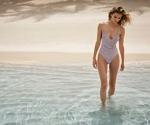 LUST FOR SUMMER: ZIMMERMANN RESORT SWIM 2017