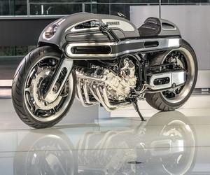 BMW K1600 by Krugger Motorcycle