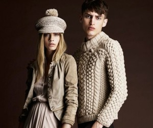Burberry Prorsum Pre-Summer 2012 Collection