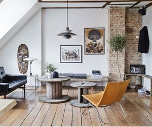 Chic apartment with exposed brick and Rustic Wood