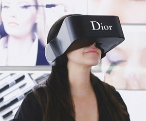Virtual Reality Blended with Luxury Fashion