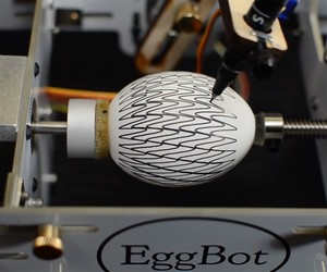 VIDEO: Eggstatic