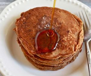 Whole Grain Gingerbread Pancakes