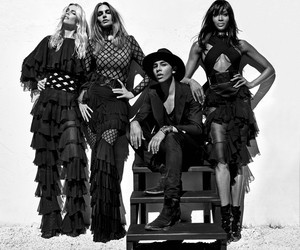 Claudia, Naomi and Cindy joined #BalmainArmy