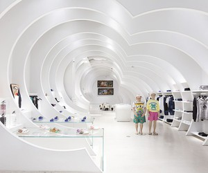 In-sight Concept Store in Miami by OHLAB