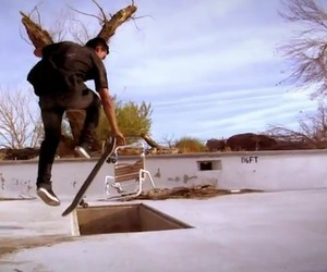 Skateboarding: Kilian Martin – Altered Route