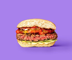 Impossible Foods: Bloody, meatless burgers