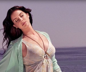 Listen: Lana Del Rey - High By The Beach