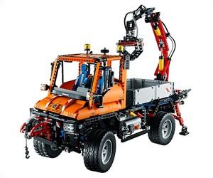 LEGO Technic Unimog U400