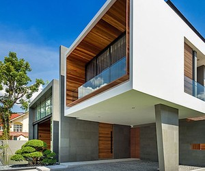 Cribs: Mimosa House in Singapore