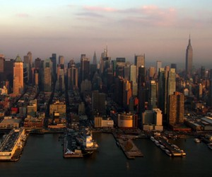 New York: Manhattan – Metropolis by Fram Film