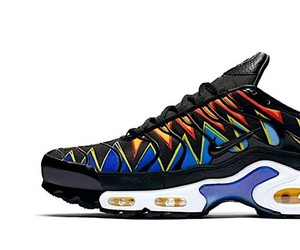 The new Air Max Plus combines two color variants
