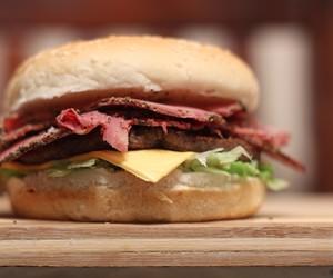 Pastrami Burger