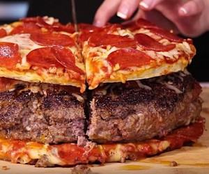 HellthyJunkFood is building a pizza burger pizza