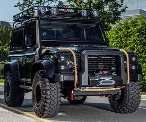 SPECTRE EDITION Land Rover Defender
