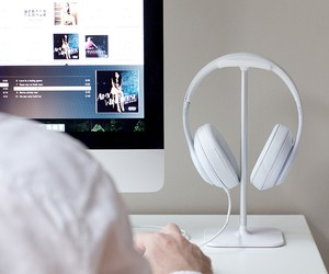 BlueLounge Posto Headphone Stand