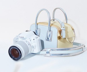 STELLA MCCARTNEY AND CANON TEAM UP