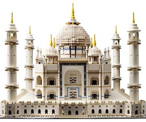Imposing replica of the Taj Mahal as a LEGO kit
