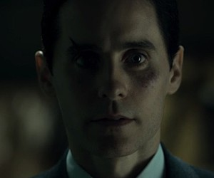 """Netflix """"the Outsider"""" with Jared Leto"""