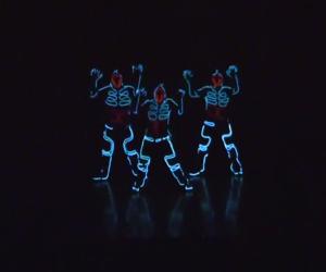 Wrecking Crew Orchestra – Tron Dance
